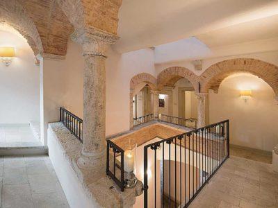 Palazzo dei Mercanti, Dimora storica ad Ascoli Piceno (Marche, Italia)