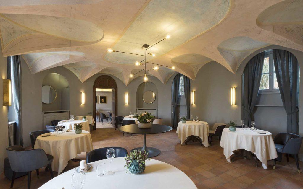 Ristorante La Locanda del Sant'Uffizio, hotel di lusso Cioccaro di Penango (Piemonte, Italia)