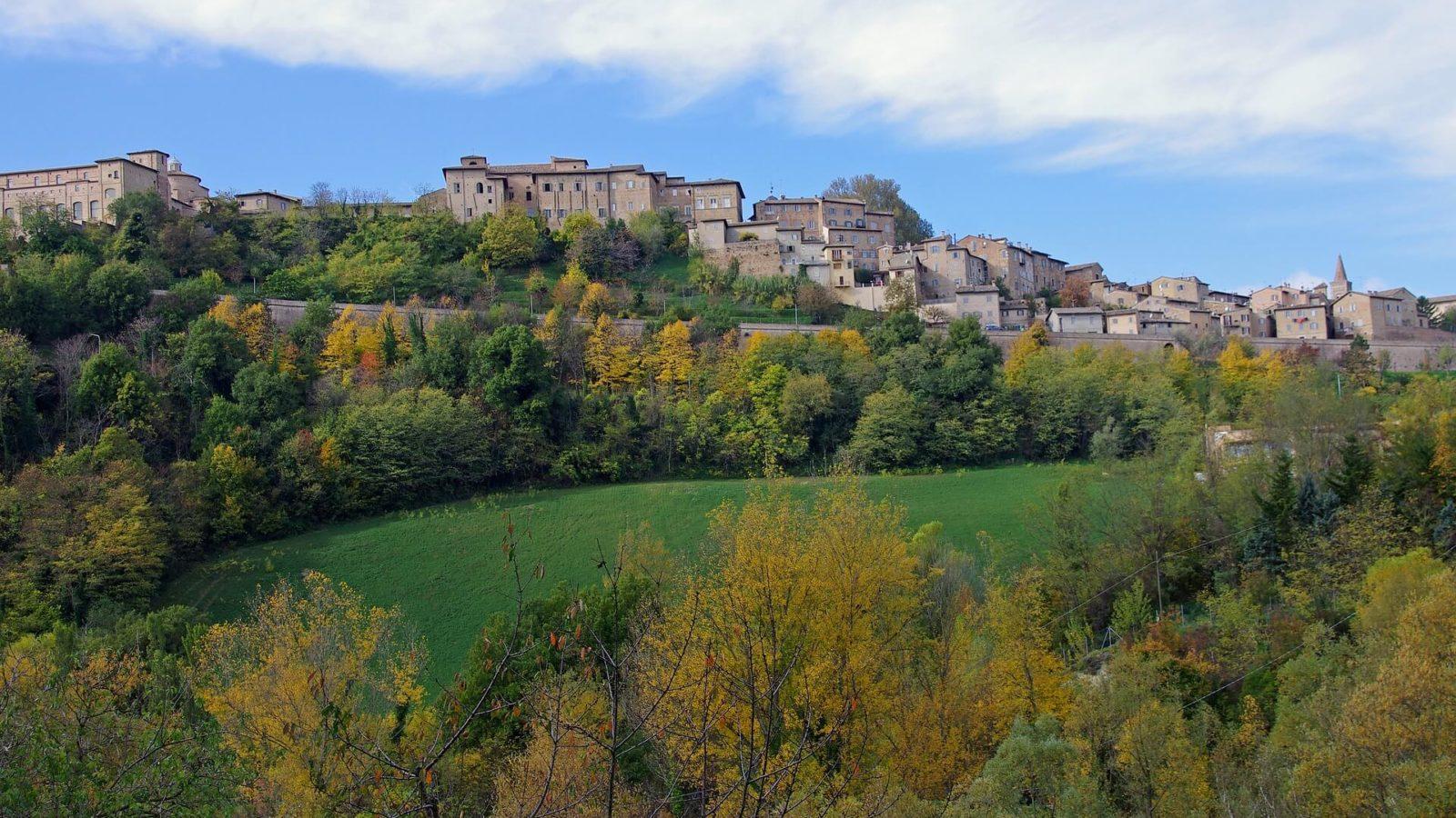 Italia Le Marche Hotels (Urbino - foto da Valter Cirillo, Pixabay)