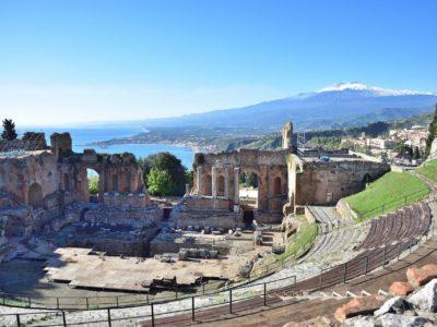 Italia Sicilia Hotels (Taormina - foto da Guy Rey-Bellet, Pixabay)