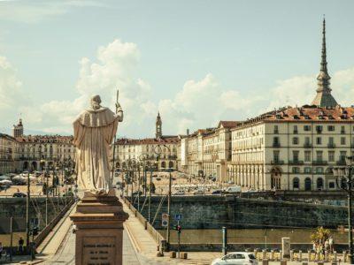 Torino Hotels: piazza Vittorio (SplitShire)